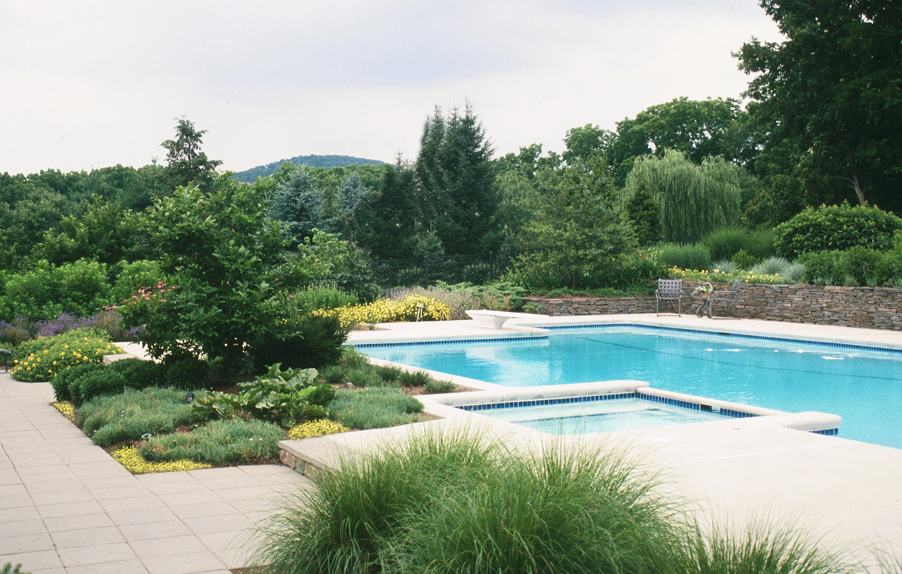 Swimming Pool Company – Design & Construction Advice - Garden Design Inc.