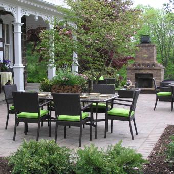 Paver-Patio-Outdoor-Fireplace
