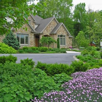 front landscaping_bethlehm pa